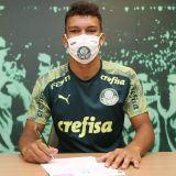 Gabriel Veron renova contrato com o Palmeiras até 2025