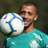 Palmeiras fica próximo de acertar venda de Vitor Hugo para o Trabszonspor-TUR