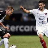 Em busca de reforços, Palmeiras oficializa proposta por meia paraguaio