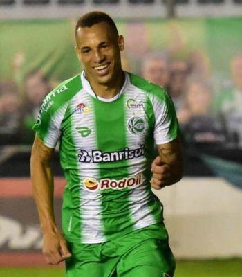 Vice-artilheiro da Série B, Breno Lopes acerta com o Palmeiras por quatro anos