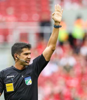 Bruno Arleu de Araujo apita Bahia x Palmeiras. Confira o retrospecto