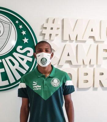 Palmeiras acerta compra do volante Danilo