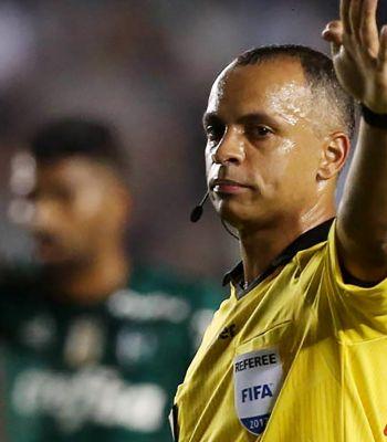 Wilton Sampaio apita Palmeiras e Internacional. Confira o retrospecto em jogos do verdão